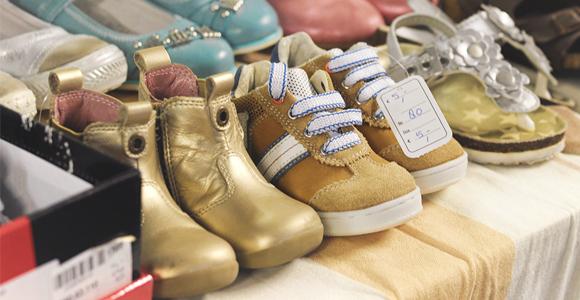 Babykleding, kinderkleding, dames- en herenkleding, schoenen, hoeden en accessoires kringloopwinkel tholen